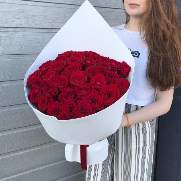 """Букет красных роз """"Красный бархат"""""""